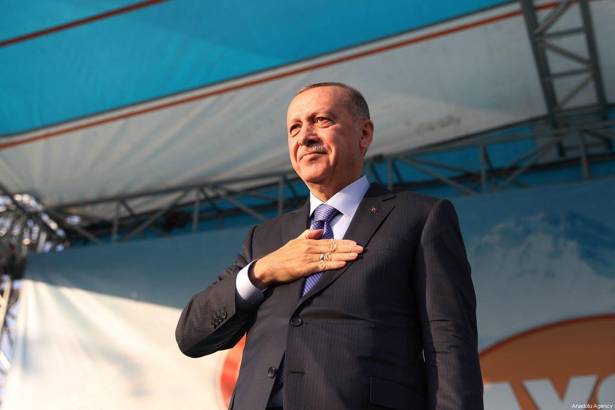 Turkish President Recep Tayyip Erdogan greets the crowd during a mass opening ceremony in Kayseri, Turkey on October 19, 2019 [Mustafa Kamacı / Anadolu Agency]