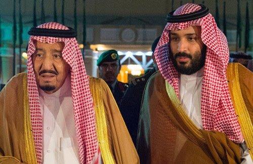 Saudi King Salman bin Abdulaziz Al Saud (R) and his son, Crown Prince Mohammad bin Salman bin Abdulaziz Al Saud