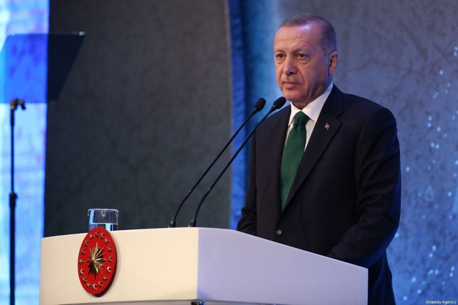 Turkish President Recep Tayyip Erdogan makes a speech during the 6th Turkish Medical World Congress in Istanbul, Turkey on 31 October 2019. [Arif Hüdaverdi Yaman - Anadolu Agency]