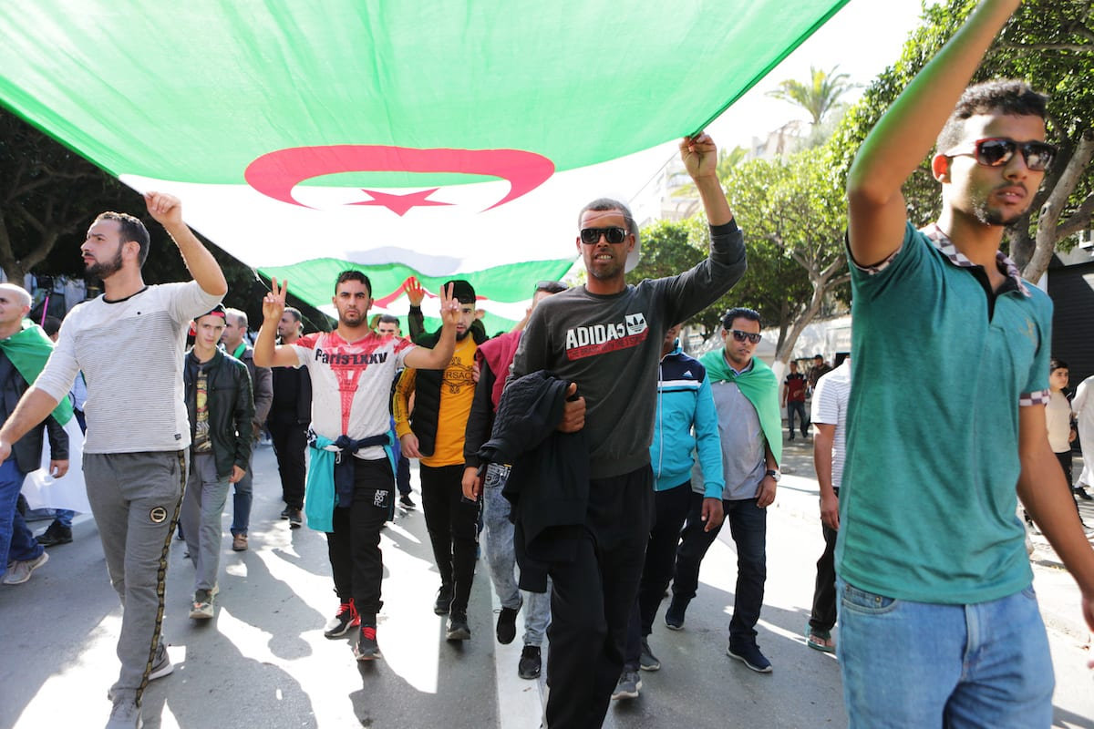 Algerians take part in an anti-government demonstration against Bouteflika regime figures in Algiers, Algeria on 1 November 2019. [Farouk Batiche - Anadolu Agency]