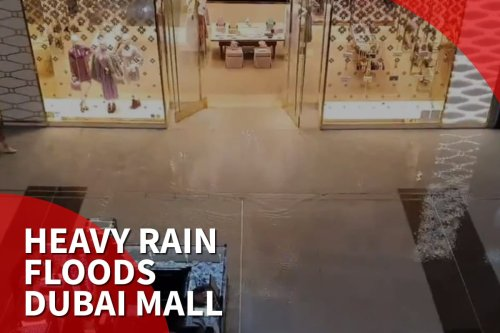 Thumbnail - Heavy rain floods Dubai Mall