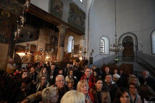 Palestinian Christians gather at Church of the Nativity, which believed to be the birthplace of Jesus to attend Christmas ceremony in Bethlehem, West Bank, on December 24, 2019 [İssam Rimawi / Anadolu Agency]