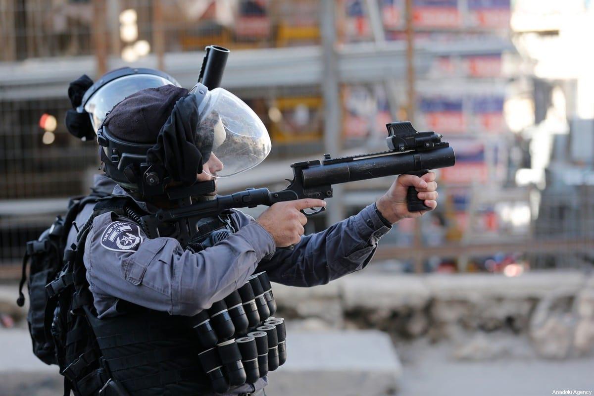 Israeli forces fire at Palestinians in Jerusalem on 24 December 2019 [Mostafa Alkharouf/Anadolu Agency]