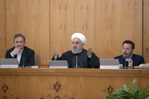 Iranian President Hassan Rouhani (C) makes a speech as he chairs the Council of Ministers' Meeting in Tehran, Iran on 15 January 2020. [Iranian Presidency / Handout - Anadolu Agency]