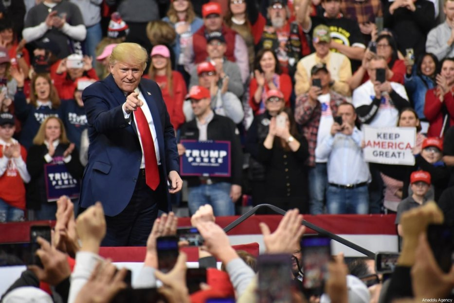 US President Donald Trump delivers remarks at 'Keep America Great Rally' on January 30, 2020 in Des Moines, IA, United States [Kyle Mazza / Anadolu Agency]