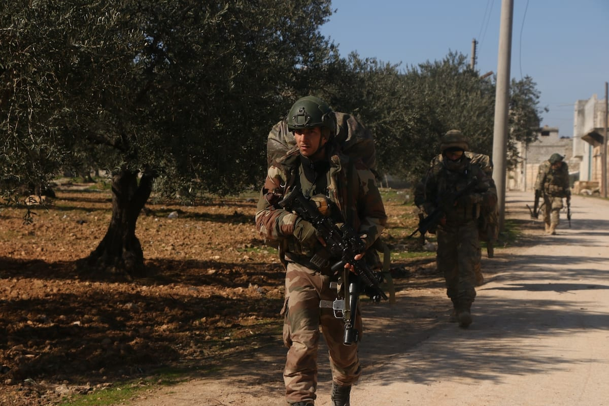 Turkish soldiers seen during a patrol in the Idlib de-escalation zone in Syria on 20 February 2020 [İbrahim Hatib / Anadolu Agency]
