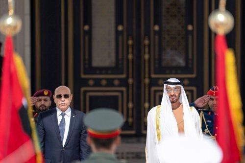 Crown Prince of Abu Dhabi, Mohammed bin Zayed (R)