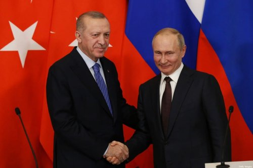 Russian President Vladimir Putin (R) meets with Turkish President Recep Tayyip Erdogan (L) during their talks at the Kremlin on March 5, 2020 in Moscow, Russia [Mikhail Svetlov/Getty Images]