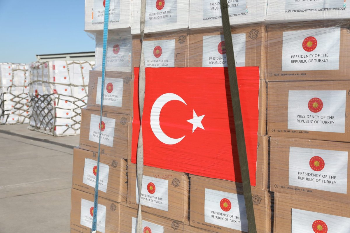 Turkey's medical aid packages are being prepared for a military cargo plane, that will deliver them to United Kingdom to support the fight against coronavirus (COVID-19) pandemic in Etimesgut Air Base in Ankara, Turkey on 10 April, 2020 [Hakan Nural/Anadolu Agency]