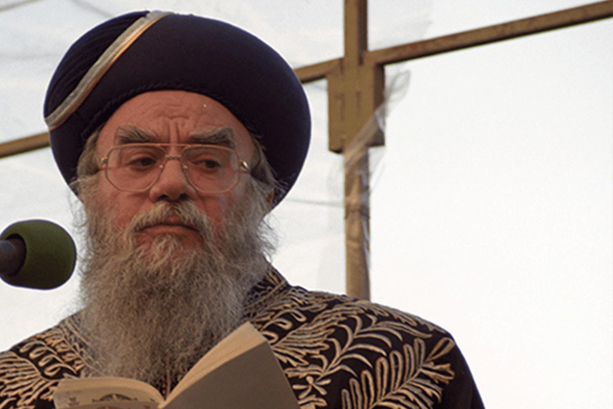 Eliyahu Bakshi-Doron, former Israeli chief rabbi [Youtube]