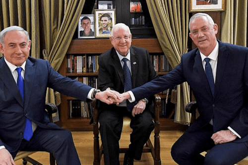 President Reuven Rivlin meets with Prime Minister Benjamin Netanyahu and Blue and White party leader Benny Gantz at the President's Residence in Jerusalem on 23 September, 2019 [Haim Zach/Getty]