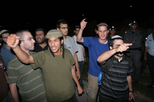 Israeli settlers in the West Bank, 31 August 2010 [Mamoun Wazwaz/ApaImages}
