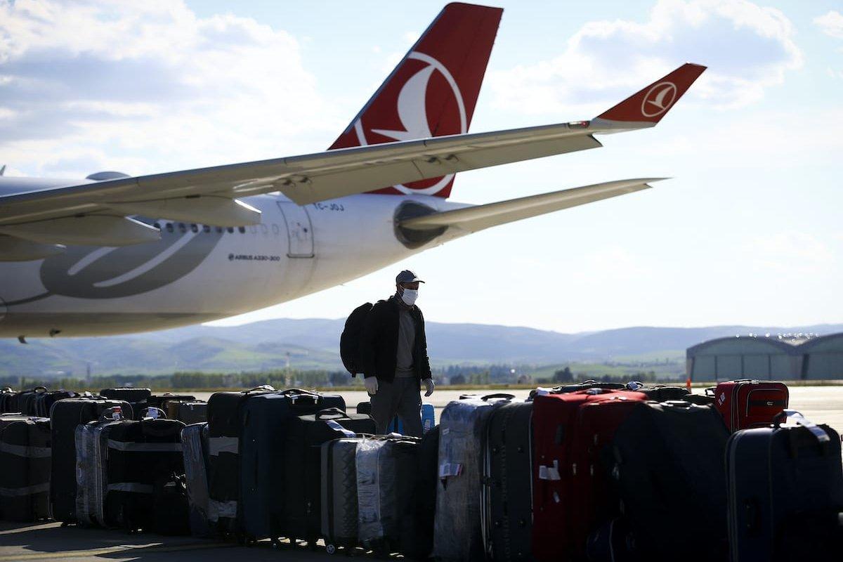 Turkish citizens arrive at Ankara Esenboga Airport in Ankara, Turkey on May 10, 2020. [Halil Sağırkaya - Anadolu Agency]