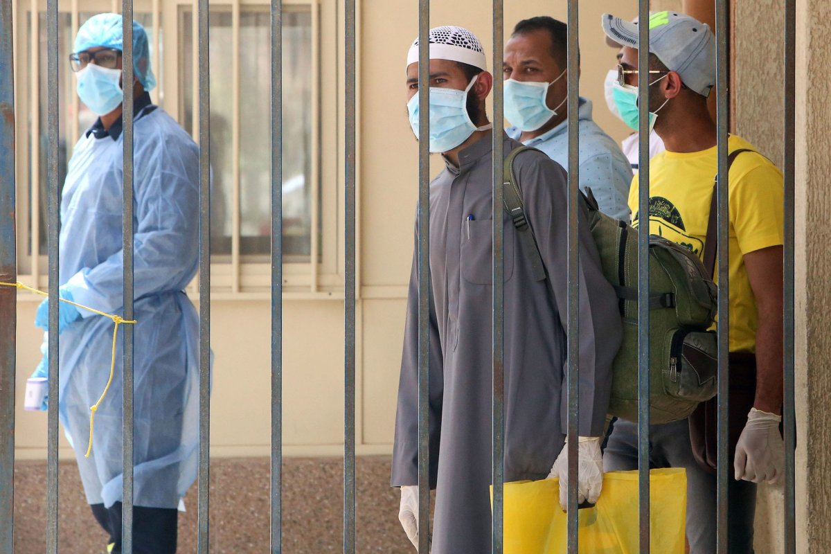 Egyptians amid the coronavirus COVID-19 pandemic crisis, in Kuwait City on 6 April 2020 [YASSER AL-ZAYYAT/AFP/Getty Images]