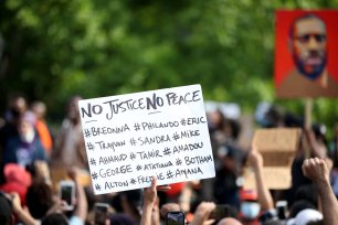 New Yorkers protest over the death of George Floyd at the Washington Square Park in New York City, United States on June 6, 2020 [Tayfun Coşkun - Anadolu Agency]