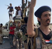 Yemen pro-gov't forces clash with UAE-backed southern separatists