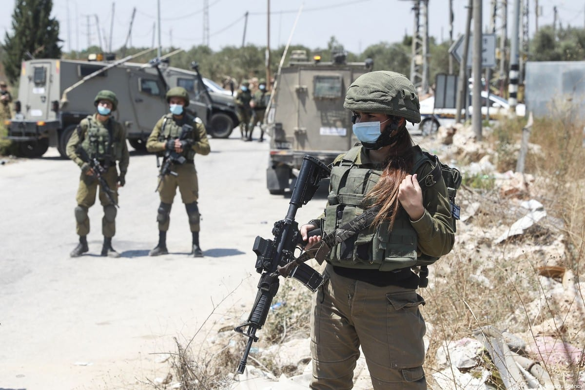 Israeli forces in the West Bank on August 14, 2020. [Issam Rimawi - Anadolu Agency]