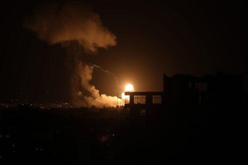 Smoke and flames rise after warplanes belonging to Israeli army carried out airstrikes over Al-Zaytun neighborhood of Gaza City, Gaza on 18 August 2020. [Ali Jadallah - Anadolu Agency]