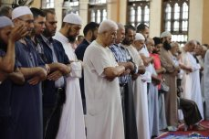 Palestinians in Gaza perform Eid Al-Adha prayers on 31 July 2020 [Mohammad Asad / Middle East Monitor]