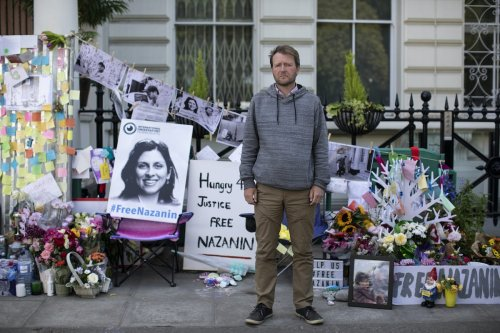 The husband of Nazanin Zaghari-Ratcliffe, Richard Ratcliffe, continues his hunger strike outside the Iranian Embassy on June 28, 2019 in London, England [Dan Kitwood/Getty Images]