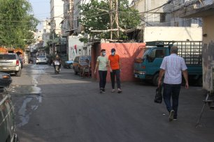 A picture from a narrow street inside Ein El-Hilweh refugee camp in Lebanon [Reporters for Investigative Journalism (ARIJ)]