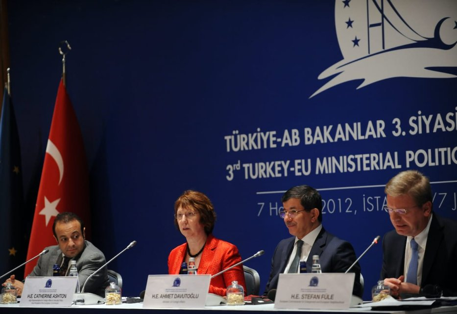 (From-L)Turkey's Former Minister for EU Affairs Egemen Bagis, EU Former foreign policy chief Catherine Ashton, Turkish Former Foreign Minister Ahmet Davutoglu, and EU Former Enlargement Commissioner Stefan Fuele give a press conference after the third Turkey-EU Ministerial Political Dialogue Meeting on 7 June 2012 in Istanbul. [BULENT KILIC/AFP/GettyImages]