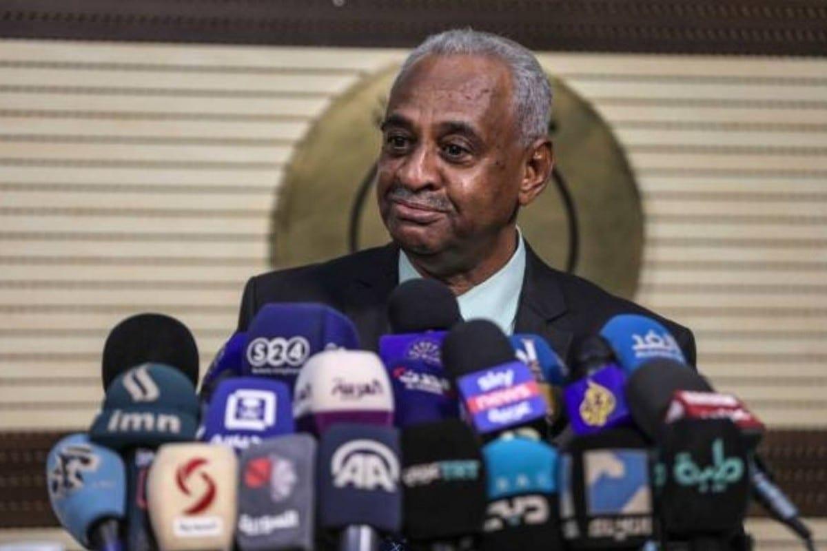 Sudanese government spokesman Faisal Mohammed Saleh, 16 April 2020 [wasilalitaha/Twitter]