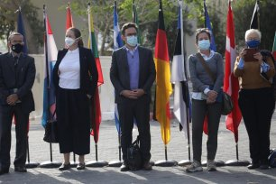 Delegation from the EU in Gaza to assess the health situation amid the coronavirus outbreak on 8 December 2020 [Mohammed Asad/Middle East Monitor]