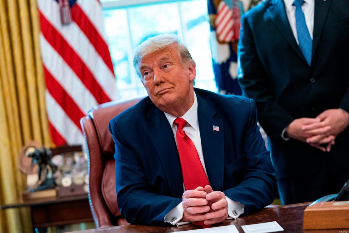 US President Donald Trump announces that Sudan will normalize relations with Israel at the White House in Washington, DC, on 23 October 2020. [ALEX EDELMAN/AFP via Getty Images]
