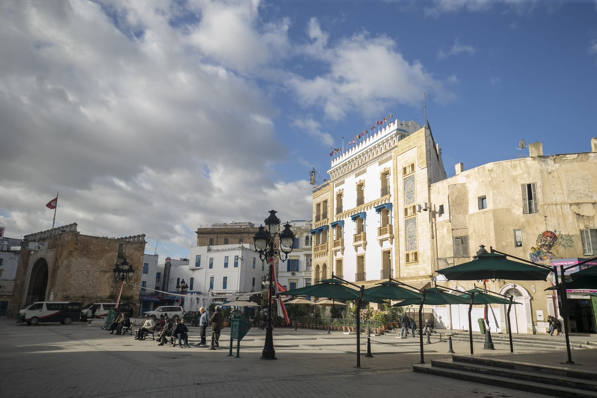 Habib Burgiba Avenue remains nearly empty due to coronavirus pandemic restrictions during 10th anniversary of Tunisian Revolution in Tunis, Tunisia on 14 January 2021. [Yassine Gaidi - Anadolu Agency]
