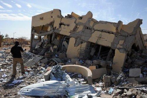 The ruins of a building destroyed by French air strikes in Mali on 5 February 2013 [PASCAL GUYOT/AFP/Getty Images]