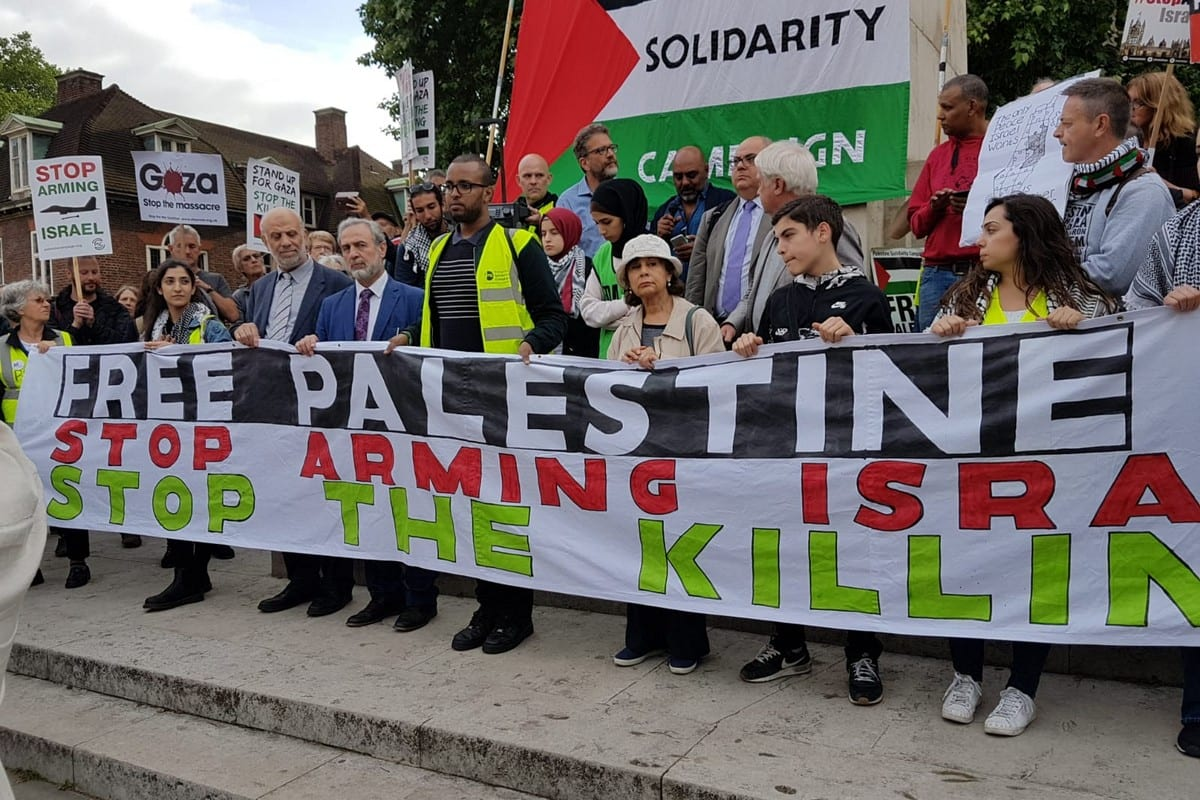 Protest calling to stop supplying arms to the Israeli military in London, UK [Palestine Solidarity Campaign]