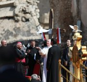 'Peace more powerful than war', Pope Francis says in Iraq's ruined city of Mosul