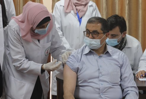 The second wave of the Coronavirus has swept through Gaza Strip, and Health officials sounded the alarm [Mohammed Asad/Middle East Monitor]