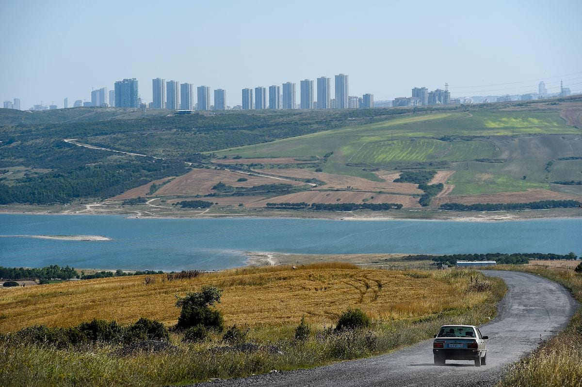 The road that overlooks the Sazlodere dam is pictured on 12 June 2018 at the small coastal village of Karaburun, near Istanbul [YASIN AKGUL/AFP/Getty Images]