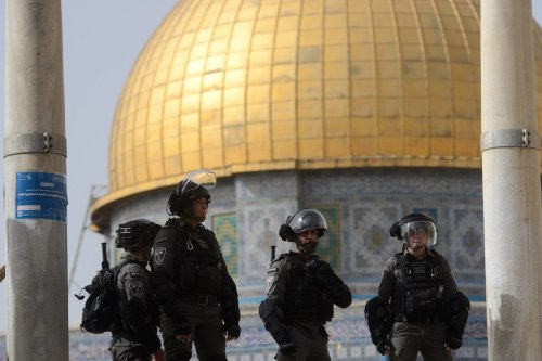 Israeli police intervene in Palestinians, who were standing guard to prevent fanatic Jews to raid the Masjid al-Aqsa Compound, in East Jerusalem on May 10, 2021 [Muath Khatib/Anadolu Agency]