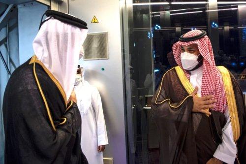 Emir of Qatar Sheikh Tamim bin Hamad al-Thani is welcomed by Saudi Arabian Crown Prince Mohammed bin Salman at King Abdulaziz International Airport in Jeddah, Saudi Arabia on May 11, 2021. [Saudi Royal Council - Anadolu Agency]