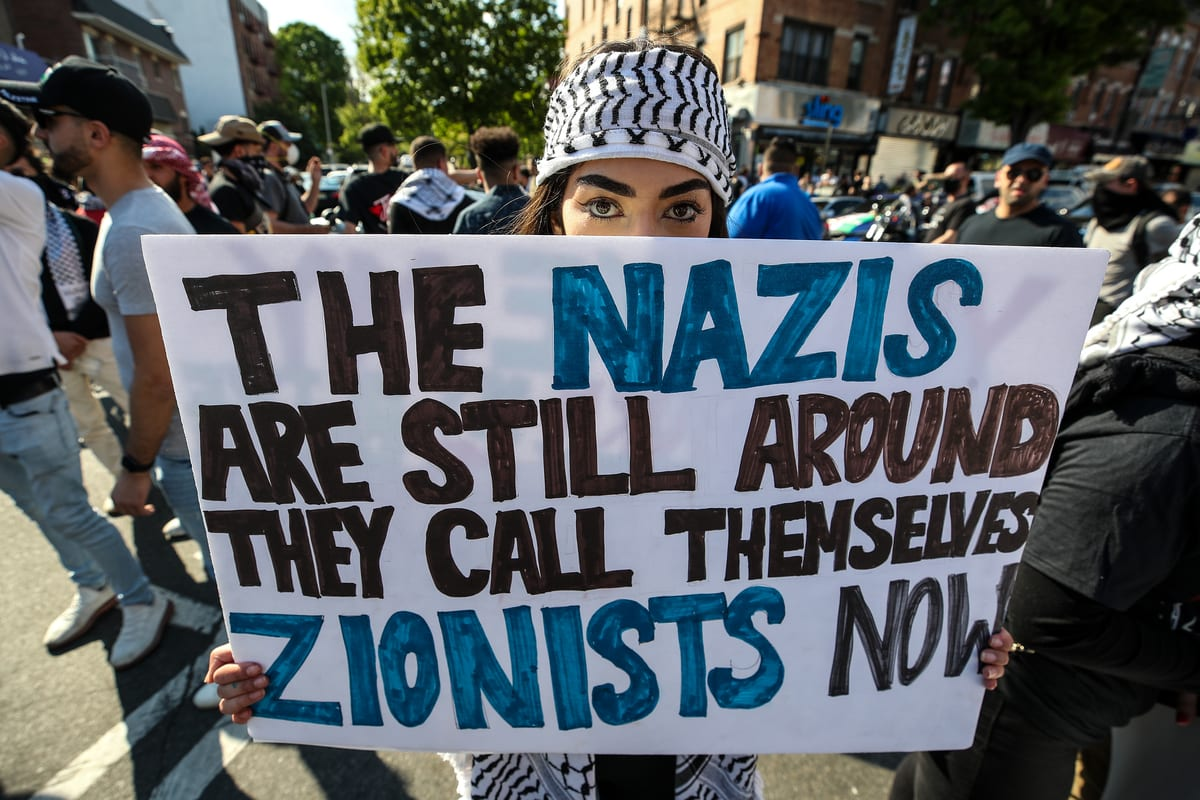 People gather in Brooklyn to demonstrate in support of Palestinians in New York City, United States on May 15, 2021 [Tayfun Coşkun/Anadolu Agency]