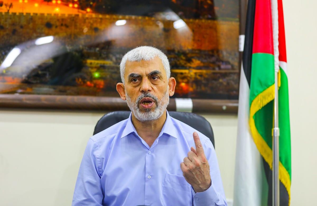 Hamas' Gaza chief Yahya Sinwar speaks to the press in Gaza City, Gaza on 26 May 2021. [Mustafa Hassona - Anadolu Agency]