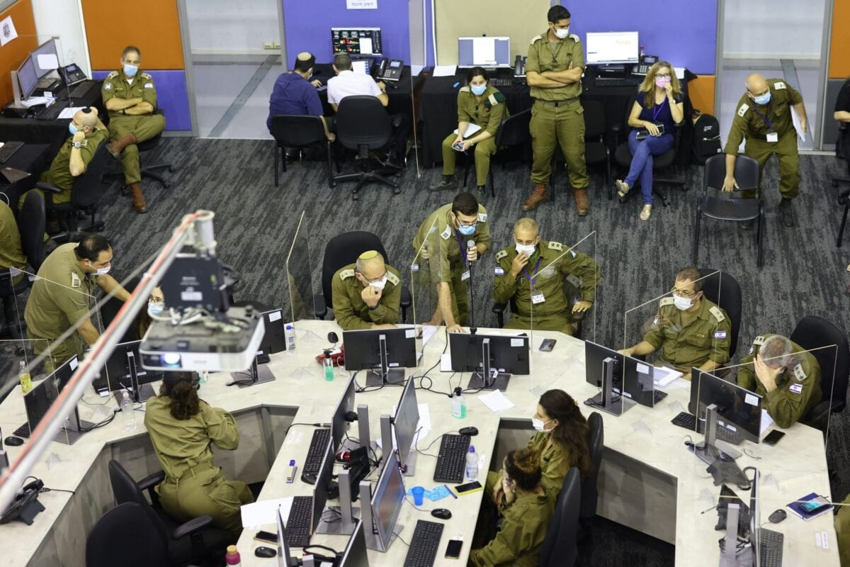 Members of the Israeli task force part of the Israel Army Home Front Command in Ramla on September 30, 2020 [EMMANUEL DUNAND/AFP via Getty Images]