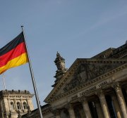 Germany detains 2 ex-soldiers over plot to fight in Yemen