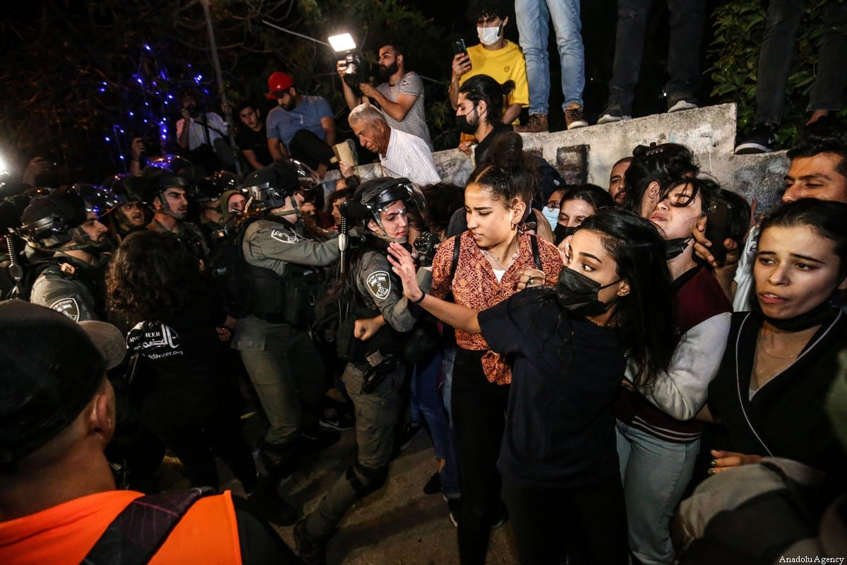 JERUSALEM - MAY 05: Israeli forces intervene in Palestinians during a demonstration at Sheikh Jarrah neighborhood after Israeli government's plan to force some Palestinian families out of their homes in East Jerusalem on May 05, 2021. ( Mostafa Alkharouf - Anadolu Agency )