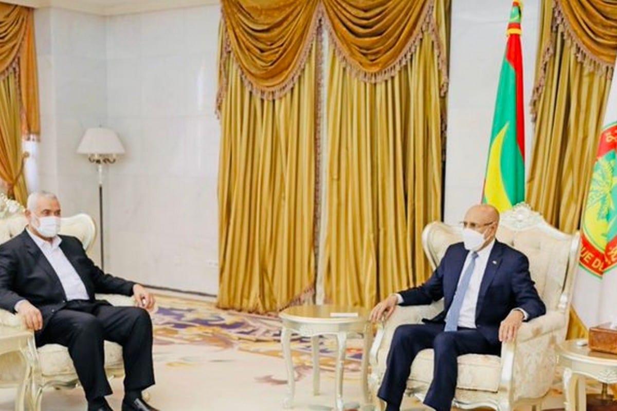 Former Mauritanian Minister Sidi Mohamed Ould Maham (R) and Ismail Haniyeh on 21 June 2021 [SMMohamedMaham/Twitter]