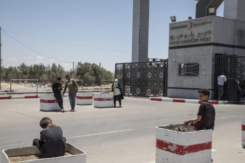 People at the Rafah crossing point between Egypt and Gaza borders on May 24,2021 in Gaza City, Gaza [Laurent Van der Stockt/Getty Images]
