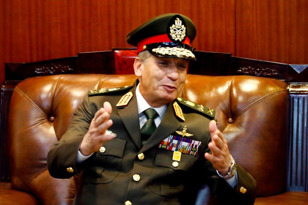 Egypt's Minister of Defence Mohamed Zaki in Khartoum on 25 November 2018 [SHRAF SHAZLY/AFP/Getty Images]