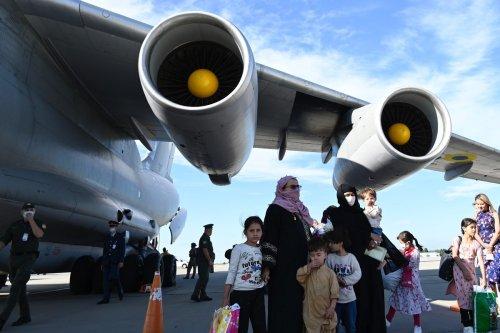 About 360 people, 80 of whom are Ukrainian citizens, evacuated from Afghanistan's capital Kabul arrive in Kiev, Ukraine on August 28, 2021 [Ukrainian Presidency/Anadolu Agency]