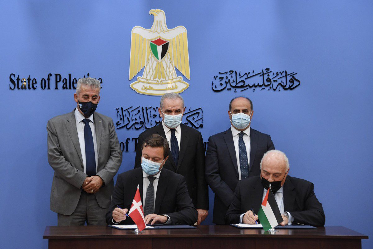The Palestinian Government and Denmark signed a partnership agreement worth $72 million to support agriculture, local government, and civil society sectors in Palestine, 24 September 2021 [PalestinePMO/Twitter]