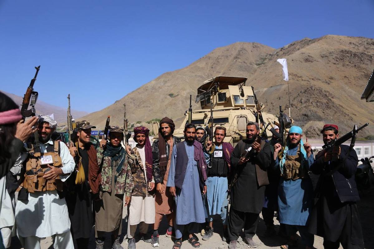 PANJSHIR, AFGHANISTAN - SEPTEMBER 6: Taliban members pose for a photo after they took over Panjshir Valley, the only province the group had not seized during its sweep last month in Afghanistan on September 6, 2021. ( Bilal Güler - Anadolu Agency )