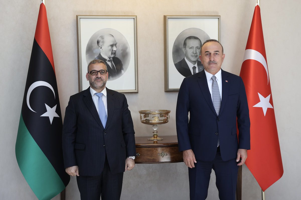Turkish Foreign Minister Mevlut Cavusoglu (R) meets with Libyan High Council of State Khalid al-Mishri (L) at the Foreign Ministry Headquarters in Ankara, Turkey on 9 September 2021. [Fatih Aktaş - Anadolu Agency]