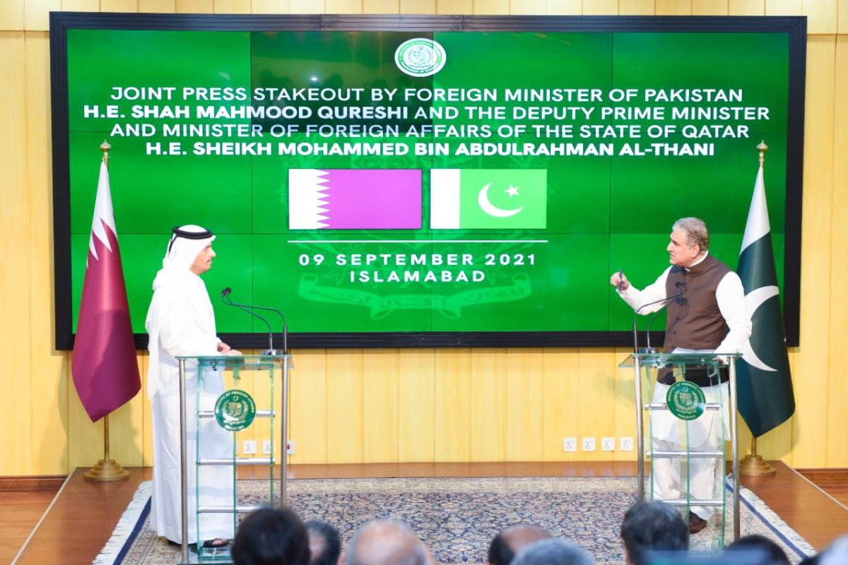 Pakistan Foreign Minister Shah Mahmood Qureshi and Minister of Foreign Affairs of Qatar Mohammed bin Abdulrahman bin Jassim Al-Thani hold a joint press conference in Islamabad, Pakistan on 9 September 2021 [Pakistani Foreign Ministry/Anadolu Agency]